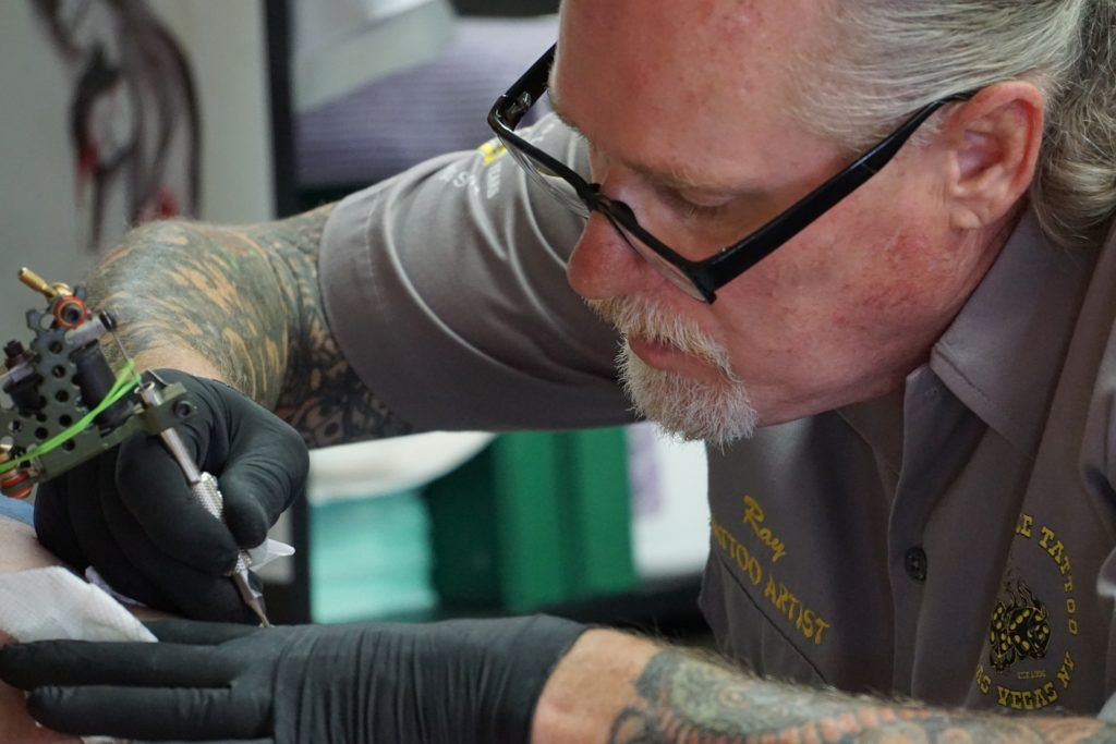 What states can you get a tattoo at 16, tattoo lawsuit, lawsuit against tattoo artist, tattoo laws